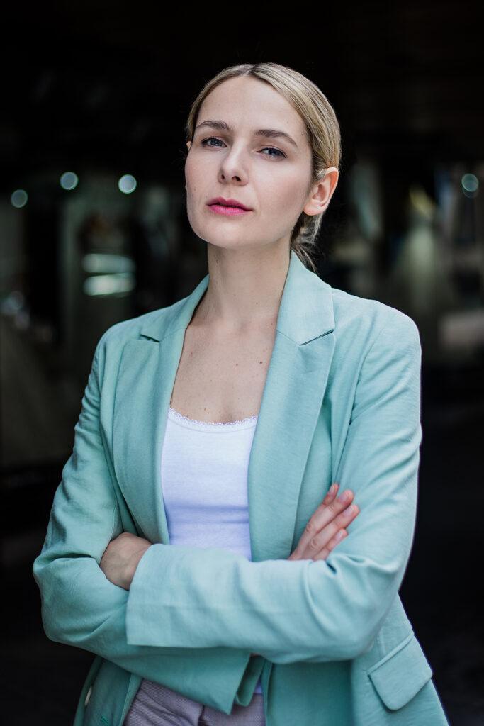 Julia Gruber business